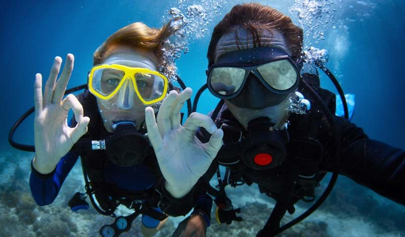 Accmmodation-Manly-Explore-scuba-diving